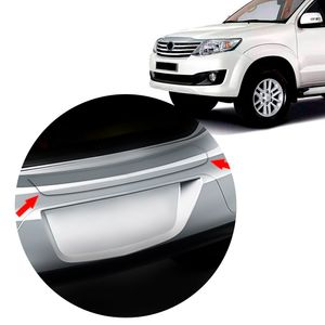 Protetor-Friso-Soleira-Porta-Malas-Toyota-SW4-2014-15-01
